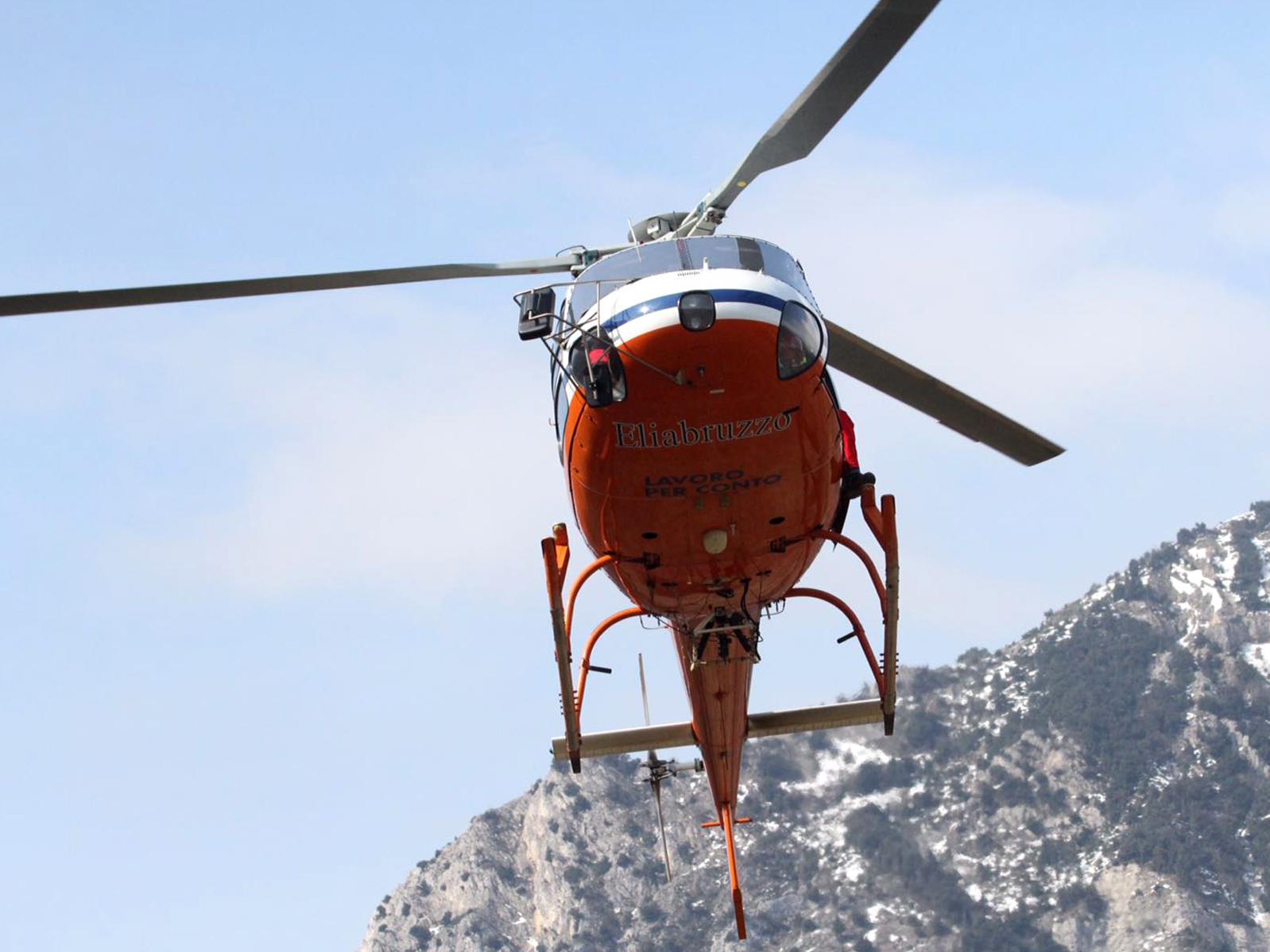 L Elicottero Posizione : Eliabruzzo servizi